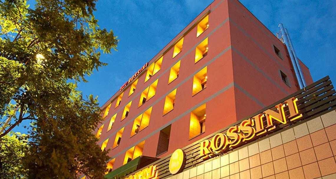 Goditi una vacanza vista mare a Pesaro all'Hotel Rossini
