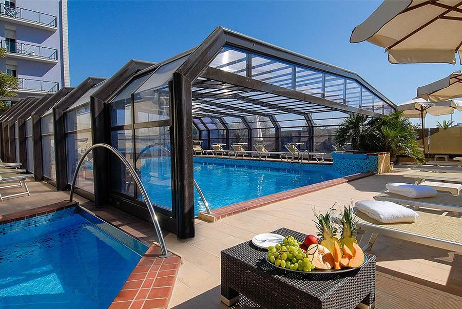 A Milano Marittima direttamente sul mare: Hotel Mazzanti per una vacanza a 4 stelle