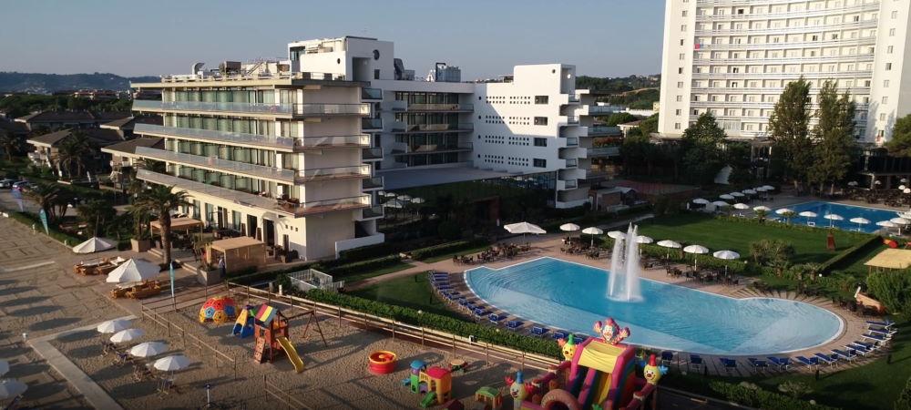 Berti Hotels: Villaggio in Abruzzo con spiaggia privata